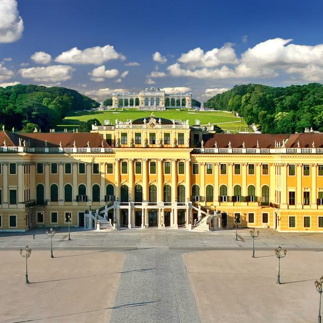 Wien: Schloss Schönbrunn mit Gloriette