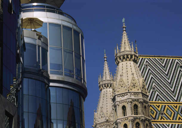 Haas Haus with St. Stephen's Cathedral in Vienna