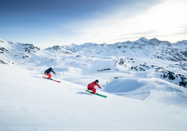Skiing, Obertauern