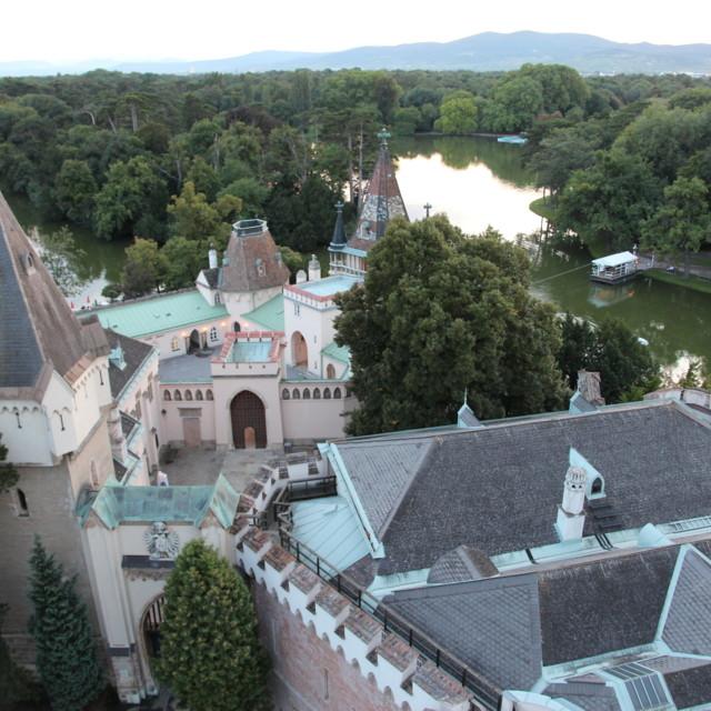 Dvorac Laxenburg, Franzensburg