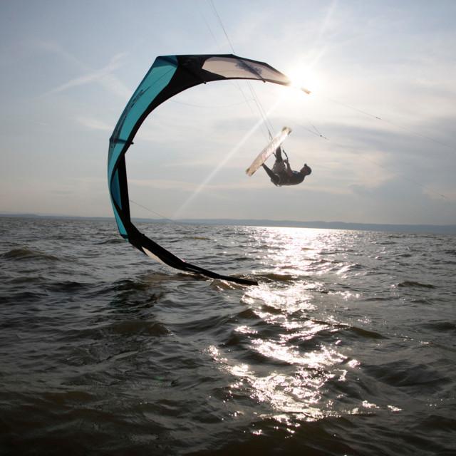 Kite-Surfer im Neusiedler See