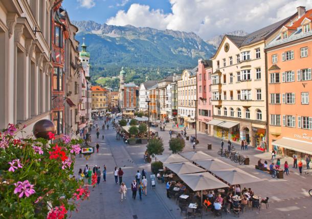 Widok na ulicę Marii Teresy w Innsbrucku