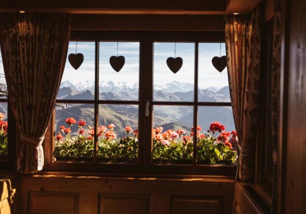 Holzhütte, Alpines Lebensgefühl