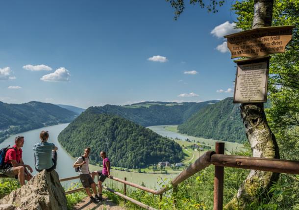 Túrázás a Duna-túraúton, schlögeni Dunakanyar