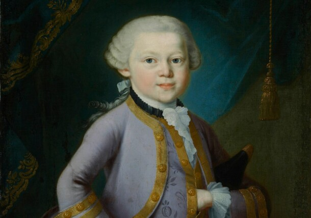 En ung Mozart i galaklädsel