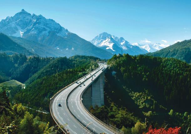 Europaabrücke, Tirolska