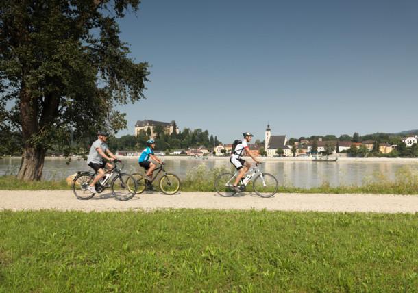 Na kole podél Dunaje