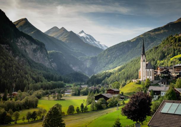 Heiligenblut village