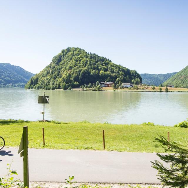 The Danube bike path in Schlögen, Upper Austria