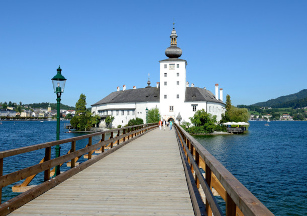 Zámek Ort na jezeře Traunsee