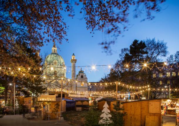 Adventmarkt Wien / Karlsplatz