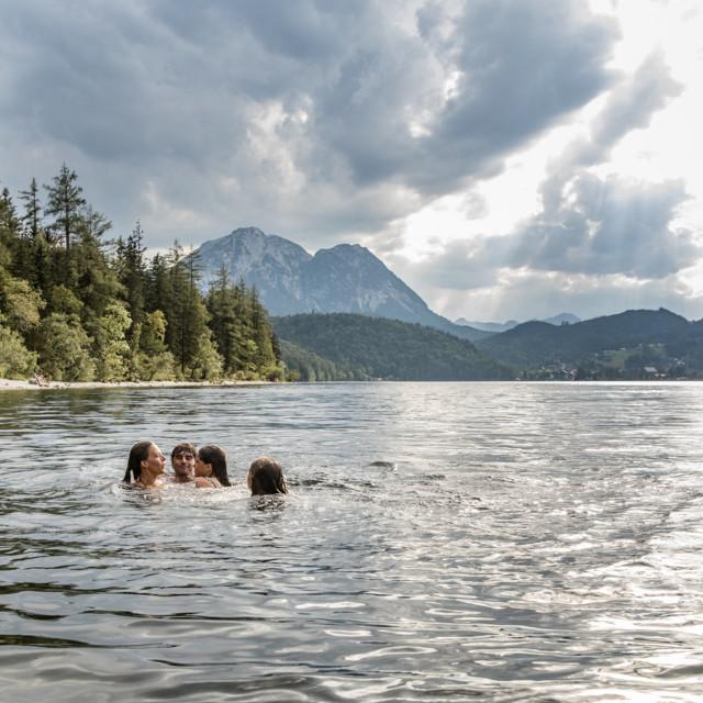 Schwimmen im Altausseer See