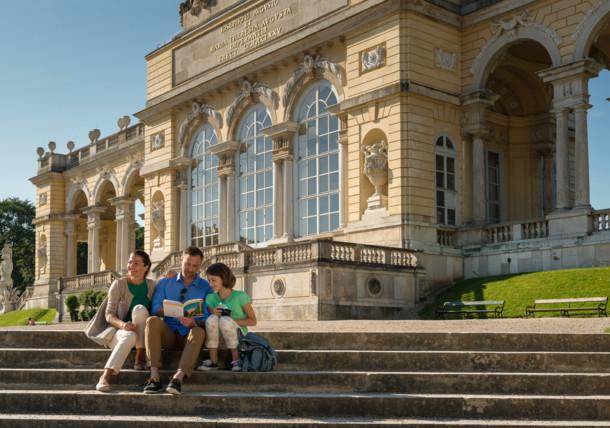 Gloriette-Schoenbrunn-Wien_Peter-Burgstaller.jpg