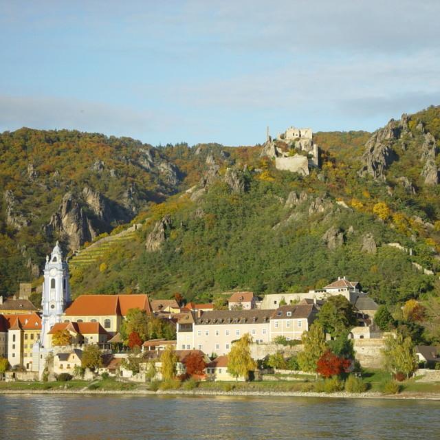 Dürnstein mit dem Burgberg