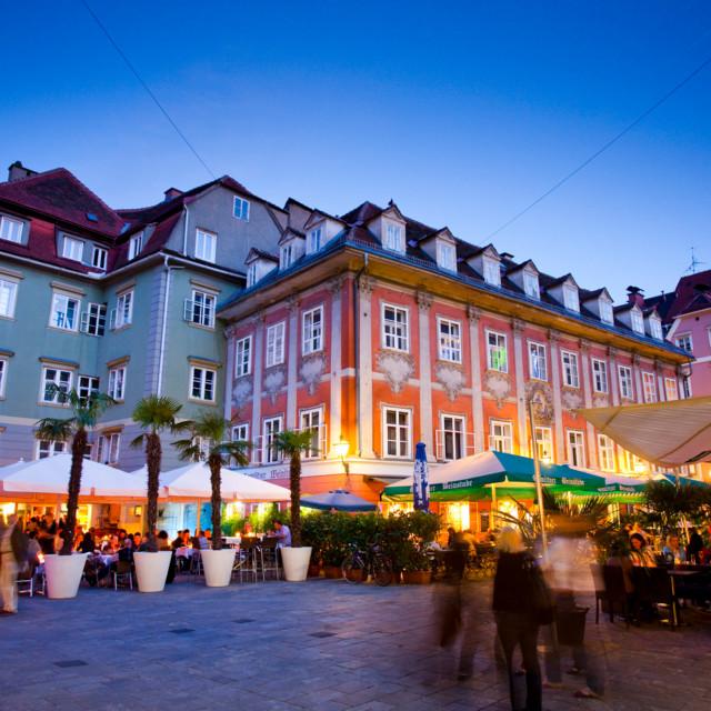 Genießen Sie mediterranes Flair am Mehlplatz in Graz