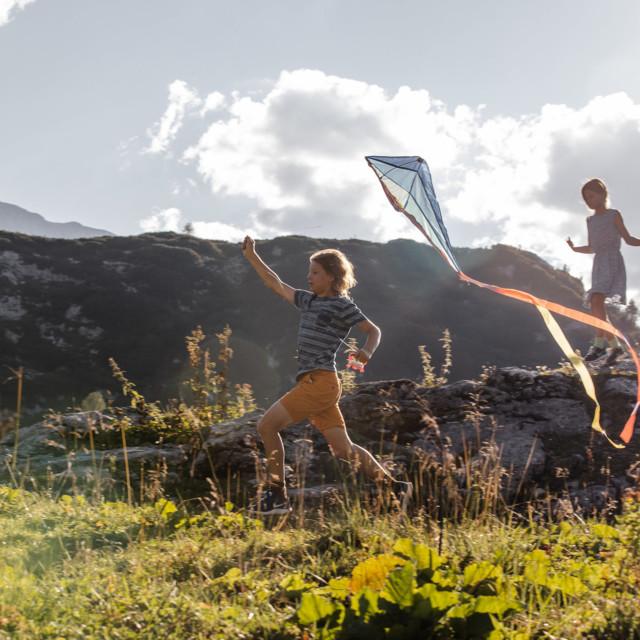 Drachensteigen, Ferien mit Familie auf der Gjaidalm