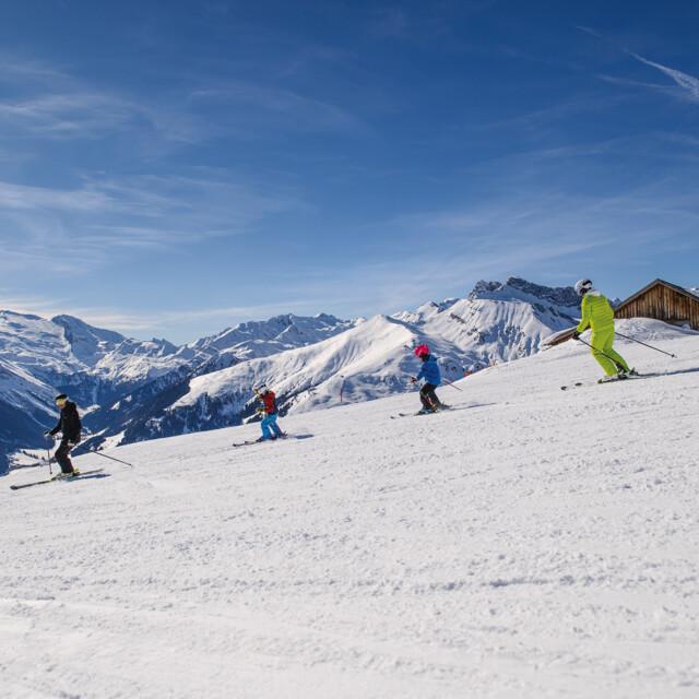 Skischule Tux Finkenberg