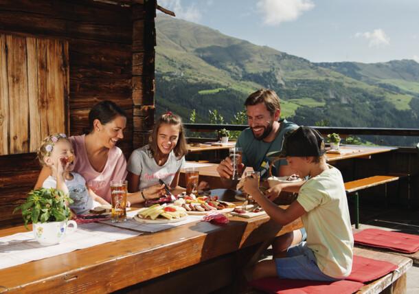 Family hiking in Zillertal in Tirol