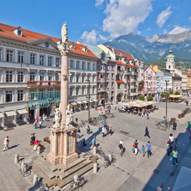 Innsbruck: Maria-Theresien-Straße und Annasäule