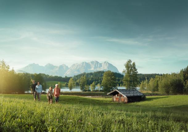 Wandern am Schwarzsee, Tirol