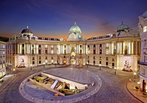 Michaelerplatz, Hofburg