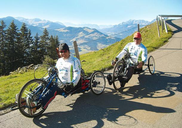 Handbikefahrer auf der Hohen Salve in Tirol