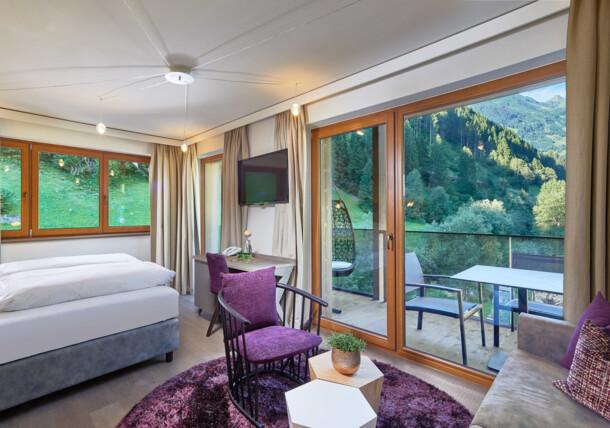 Beispielzimmer im Alpin Lodge das Zillergrund ****S
