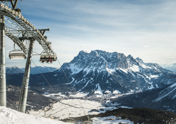 A imposing view at the Zugspitze