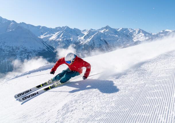 Skifahrer auf den Pisten Gasteins