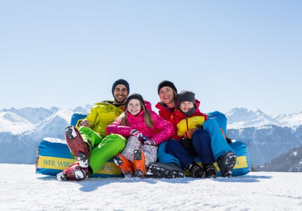 Spaß mit der ganzen Familie beim Wintersport
